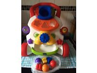 Baby walker Chicco only few months old good condition