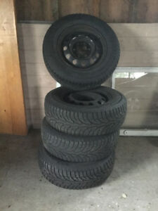 225/70R16 Winter tires with rims