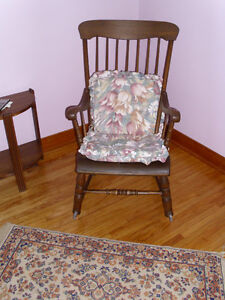 ANTIQUE CHAIRS $35.00 EACH London Ontario image 4