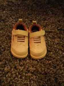 Dr. Scholl's infant shoes size 4 Kitchener / Waterloo Kitchener Area image 1