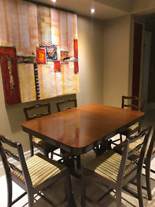 Vintage Walnut solid Double pedestal table & 6 Chairs