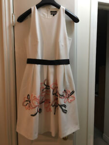 RW & Co Dress - Ivory w/Salmon coloured flowers