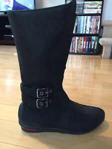 Woman's Icon Motorcycle Boots