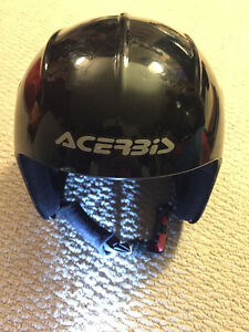 Kids Ski Helmet - Italian ACER3iS 58 size: compares to 51-52 cm