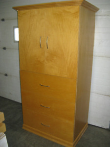 3 DRAWER ARMOIRE/ENTERTAINMENT CABINET