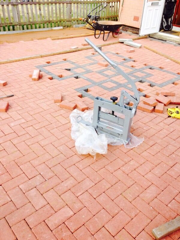 Fencing block paving patio garden design painting landscape