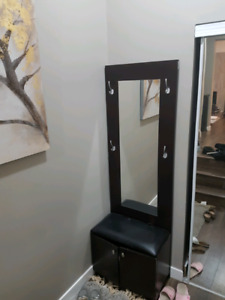 Hall tree with mirror