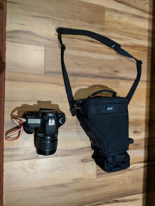 Sac pour camera reflex think tank digital holster 20 comme neuf.