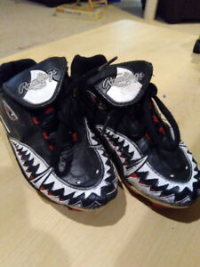 Soccer shoes-Rawlings, Size 13