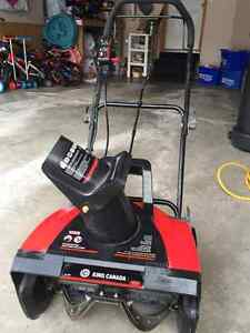King Canada 45.7 cm (18-in.) Electric Snow Thrower