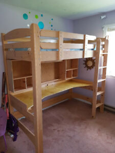 Twin Loft Bed ***Sold PPU