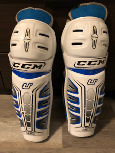 Hockey Shin Pads - Easton 14""