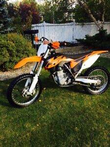 KTM sxf 450  properly maintained- rarely ridden  MINT