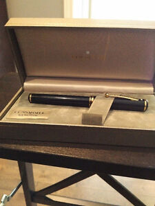 New condition Sheaffer Connaisseur fountain pen 18 K gold nib