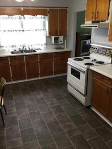 3 Bedroom House (Stephenville) 800 POU