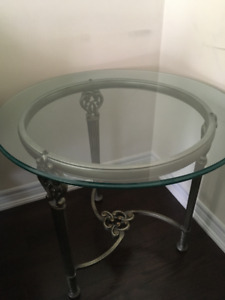 "Round Coffee Table  - 28"" diameter, H 24 1/2"""