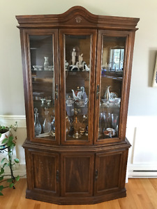 Oak dining set - fine condition