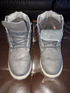 Timberland Boys boots black/grey size 6