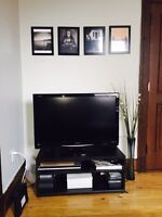TV stand in excellent conditions!