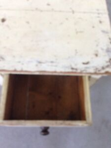 Antique distressed end table London Ontario image 2