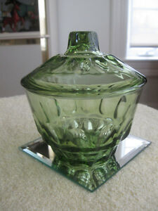 BEAUTIFUL OLD VINTAGE OLIVE GREEN COVERED CANDY BOWL