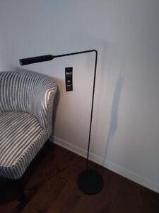 Lampe de plancher Flo led / Floor lamp Flo led