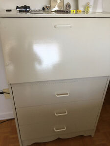 2 COMMODES 25.00 chacune