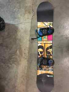 excellent condition snowboard gear