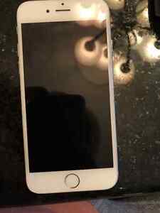 IPHONE 6 ROGERS 16GB WHITE 9/10 CONDITION