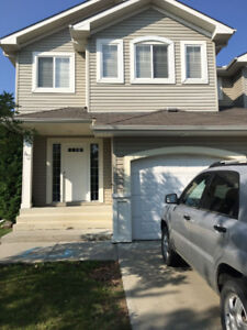 Room with Shared accomodation in Fort Saskatchewan