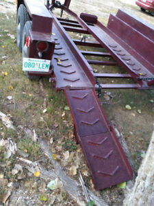 BOBCAT OR MULTI-USE TRAILER . HEAVY DUTY . EXCELLENT TIRES $1600
