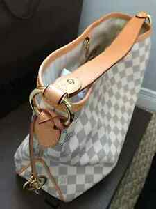 Genuine Louis Vuitton Purse For Sale Kitchener / Waterloo Kitchener Area image 2