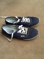 Gently Used Vans Size 5.5