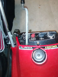 Snow thrower for sale, Honda HS35 Kitchener / Waterloo Kitchener Area image 4