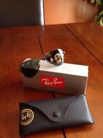 lunette soleil ray-ban aviator small neuve