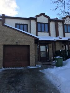 3 Level Town House for Rent
