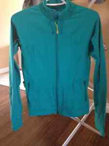 Lululemon zip up jacket, great condition