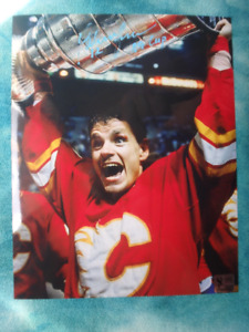 HAKAN LOOB Calgary Flames Signed 8x 10 Photo W/COA