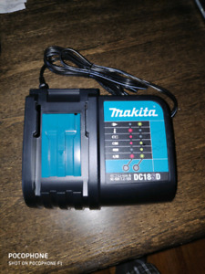 Makita DC18SD battery charger New
