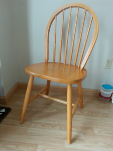 Free Wooden Dining Chair