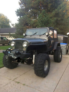 1983 Jeep CJ with Mustang 5.0 Motor