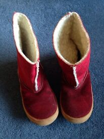 Girls Red Winter Boots size 7 (24)