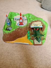 Thunderburds tracey island partly completed
