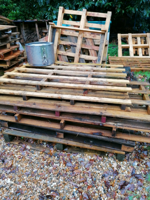 Free pallets   in Bournemouth, Dorset   Gumtree
