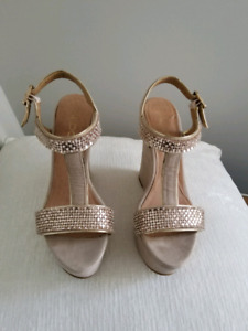 Size 8 wedge sandal