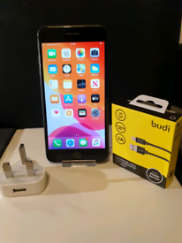 Apple iPhone 8 Plus 64GB Space Grey Vodafone + Charger + Warranty