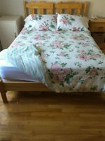 Reversible Double Bed Comforter with 2 Pillowcases