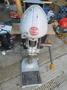 DRILL PRESS   MADE BY DELTA   MILLWAKEY