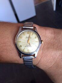 Allaine watch