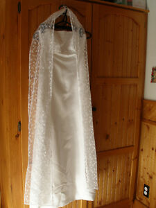 Wedding Dress with Accessories NEW!